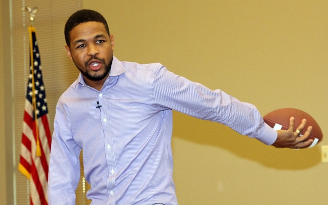 Inky Johnson Delivers Powerful Message At Motlow College