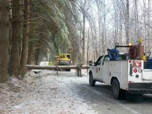 Crews working earlier in the week to get electric power restored.. Photo by Tiffany Clutter