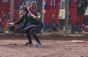 Amanda Mukai of Coffee County Middle School in action at 3rd base on Saturday in a scrimmage against Lincoln County