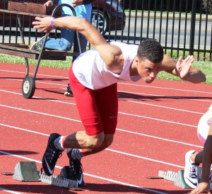 Kani Johnson fires out of the starting blocks on Friday at the TSSAA Spring Fling state track meet