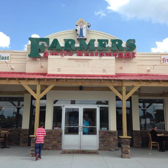 Owners of Farmers Family Restaurant pleads guilty of tax evasion