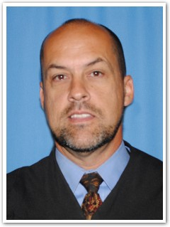 Coffee County Judge Craig Johnson announces retirement from the bench