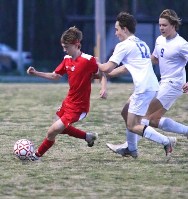 SOCCER: Raiders can't find offense in second half, fall to Lincoln Co.
